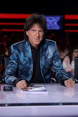 X Factor live show 3